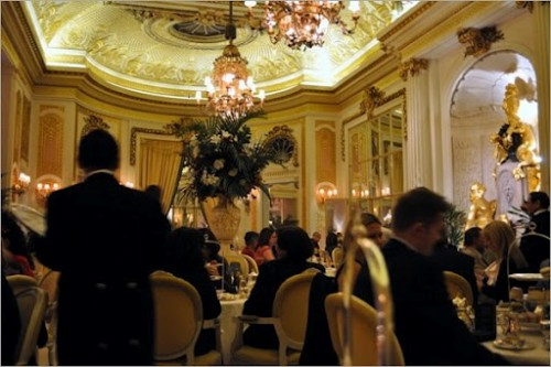 Tea pomeridiano al The Ritz, Londra